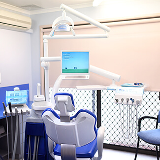 full-smile-dental-surgery-room-1